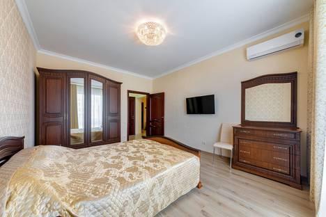 Сдается 2-комнатная квартира посуточно, Приморская улица, 30а.