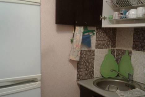 Сдается 2-комнатная квартира посуточно в Берёзовском, улица Энергостроителей, 5.