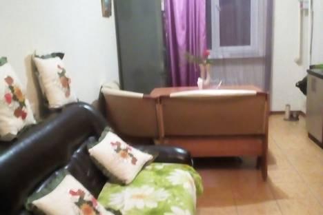 Сдается 2-комнатная квартира посуточно в Геленджике, Парковая улица, 8.