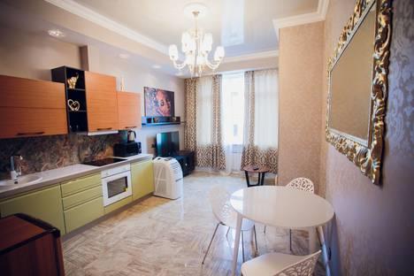 Сдается 1-комнатная квартира посуточно в Уфе, Коммунистическая улица, 107.