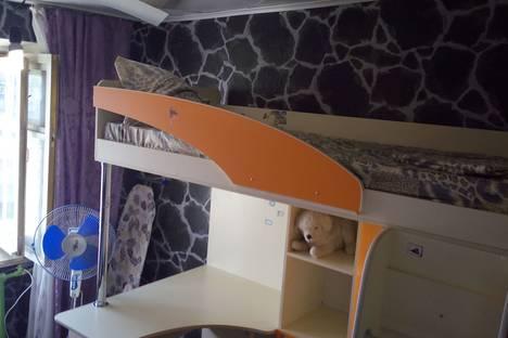 Сдается комната посуточно в Яровом, квартал Б, 15.