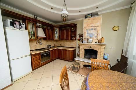 Сдается 2-комнатная квартира посуточно в Новокузнецке, Пионерский проспект, 28.