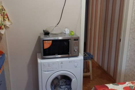 Сдается 2-комнатная квартира посуточно, улица Астраханская, 3.