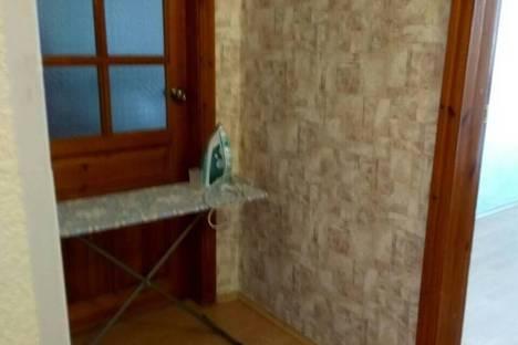 Сдается 3-комнатная квартира посуточно в Нижнем Тагиле, улица Папанина, 23.