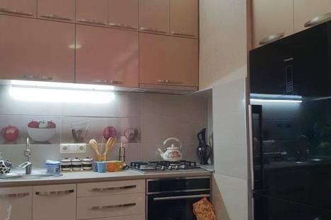 Сдается 2-комнатная квартира посуточно в Кобулети, Кобулети. Давид Агмашенебели 112.