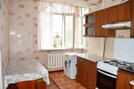 Сдается 2-комнатная квартира посуточно в Бишкеке, улица Боконбаева, 153.