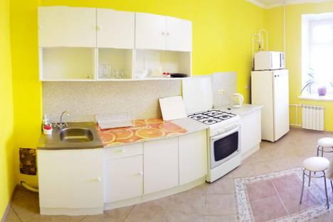 Сдается 1-комнатная квартира посуточно в Казани, Чистопольская улица, 60.
