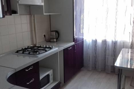 Сдается 2-комнатная квартира посуточно в Самаре, улица Стара-Загора, 86.