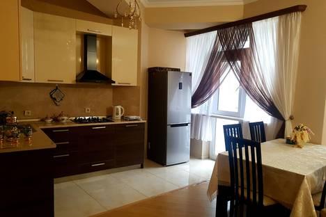 Сдается 3-комнатная квартира посуточно, T'bilisi, Vakhtang Bochorishvili Street, 37.