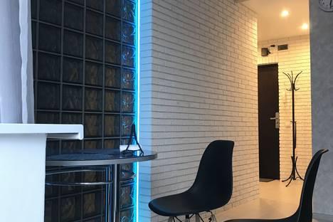 Сдается 1-комнатная квартира посуточно, улица Стройкова, 51.