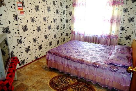 Сдается 2-комнатная квартира посуточно в Чите, улица Николая Островского, 52.