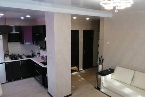 Сдается 3-комнатная квартира посуточно, улица Ленина дом 4 кв. 7.