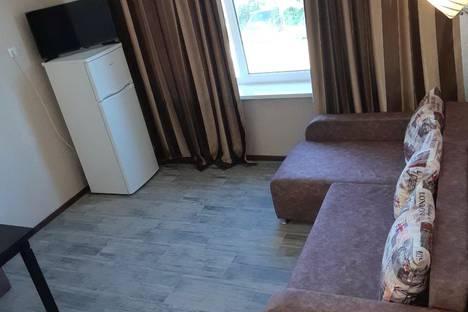 Сдается 3-комнатная квартира посуточно в Бердянске, Бердянськ, вулиця Макарова, 15.