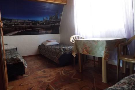 Сдается комната посуточно в Судаке, Крым,ул. Истрашкина, 7а.