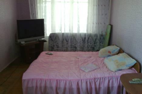 Сдается 2-комнатная квартира посуточно в Пицунде, улица Агрба д.2, кв 86.