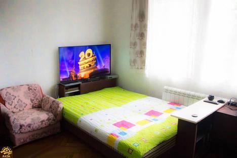 Сдается 1-комнатная квартира посуточно в Гурзуфе, улица Санаторная, 1.