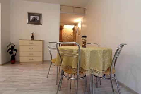 Сдается 2-комнатная квартира посуточно в Актобе, 11 мкр дом 144.