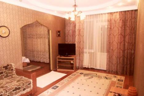 Сдается 2-комнатная квартира посуточно в Актобе, 11 мкр дом 100.