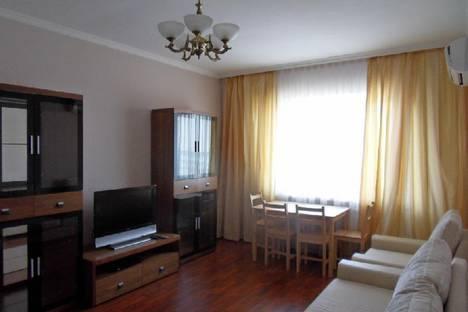 Сдается 2-комнатная квартира посуточно в Актобе, 11 мкр дом 112.