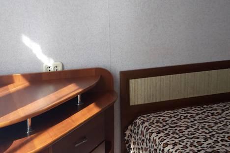 Сдается 2-комнатная квартира посуточно в Нижнекамске, проспект Шинников, 56.