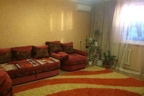 Сдается 1-комнатная квартира посуточно в Яровом, А 20.