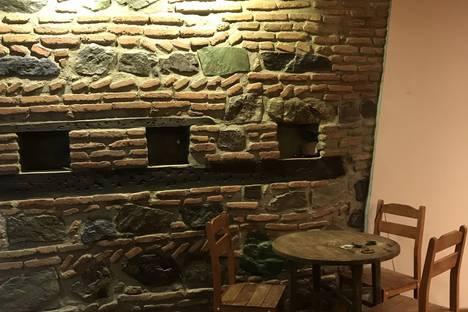Сдается 4-комнатная квартира посуточно в Тбилиси, Tbilisi, Askana Street.