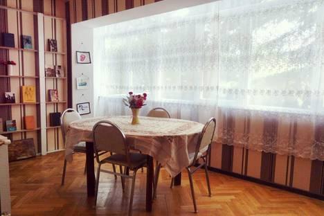Сдается 2-комнатная квартира посуточно в Тбилиси, Tbilisi.