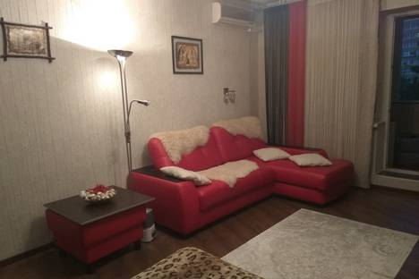 Сдается 1-комнатная квартира посуточно в Юбилейном, Королев, улица Фрунзе, 1е.