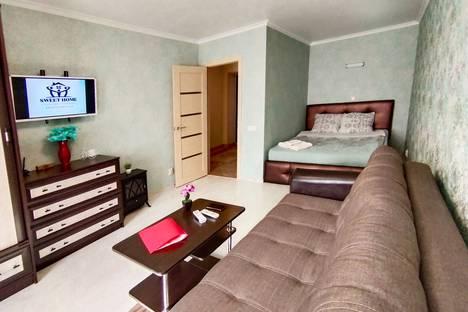 Сдается 1-комнатная квартира посуточно, улица Верхняя Дуброва, 2б.