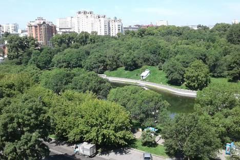 Сдается 1-комнатная квартира посуточно в Хабаровске, улица Вострецова, 17.