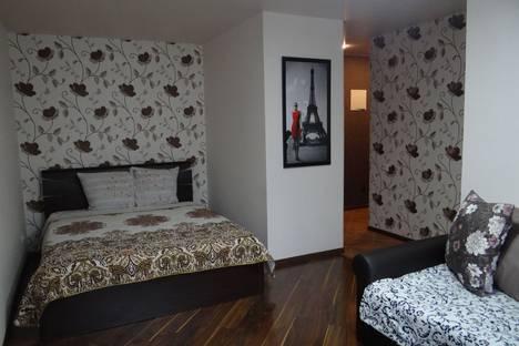 Сдается 1-комнатная квартира посуточно, улица Ковровская, 22.
