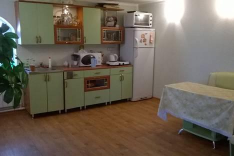 Сдается 2-комнатная квартира посуточно в Ишиме, улица Республики, 30.