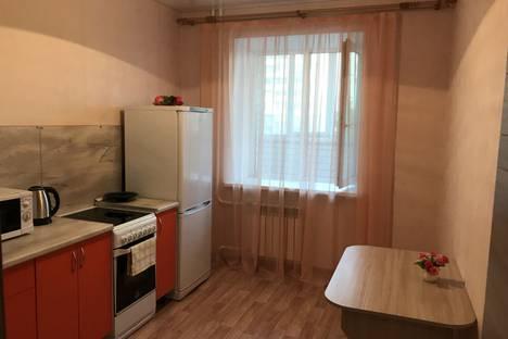 Сдается 1-комнатная квартира посуточно в Тюмени, улица Суходольская, 12.