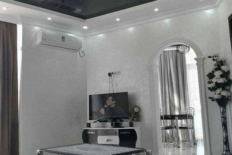 Сдается 3-комнатная квартира посуточно, город Батуми.улица Шериф Химшиашвили 7.