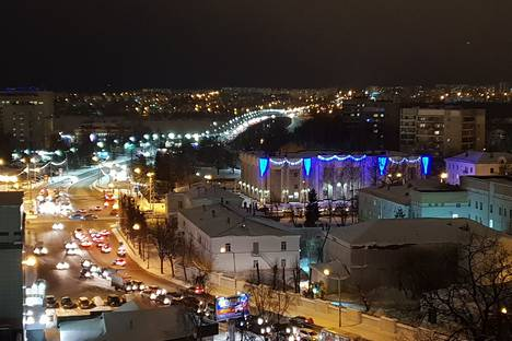 Сдается 2-комнатная квартира посуточно в Костроме, улица Сусанина Ивана, 41.
