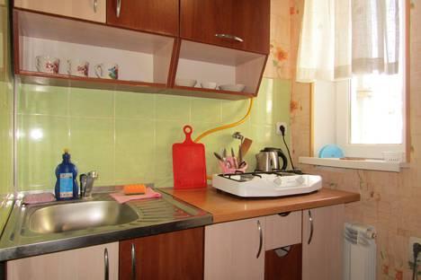 Сдается 1-комнатная квартира посуточно в Евпатории, улица Дмитрия Ульянова, 4.