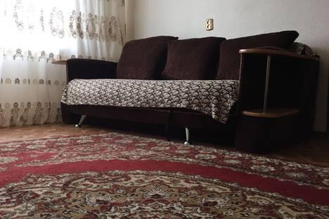 Сдается 1-комнатная квартира посуточно в Когалыме, улица Степана Повха, 16.