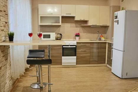 Сдается 1-комнатная квартира посуточно, улица Молодежная, 8б.