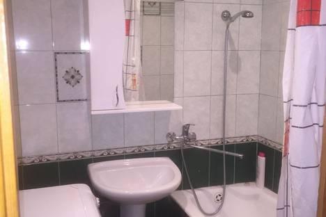 Сдается 3-комнатная квартира посуточно в Калинковичах, улица Дзержинского.