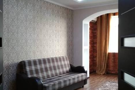 Сдается 2-комнатная квартира посуточно в Бишкеке, проспект Манаса, 6.