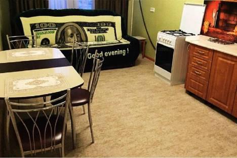 Сдается 2-комнатная квартира посуточно в Новом Уренгое, Ямальская улица, 10.