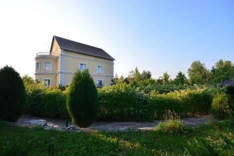 Сдается коттедж посуточно в Подольске, Московская область,деревня Булатово, дом 35.
