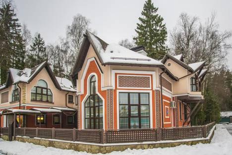 Сдается коттедж посуточно, Московская область, Ногинск, Изумрудный город, дом 11.