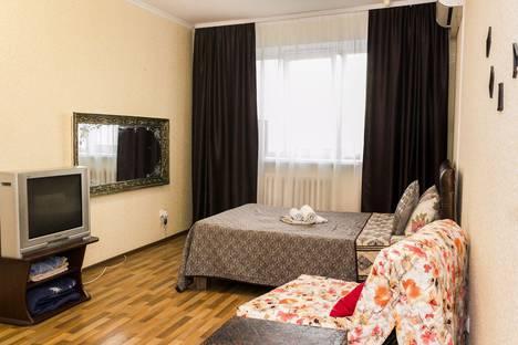 Сдается 1-комнатная квартира посуточно в Липецке, улица Меркулова 10а.