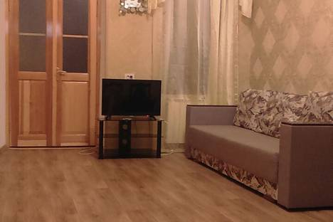 Сдается 2-комнатная квартира посуточно в Ялте, ул.Заречная, 10.