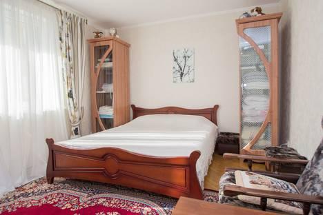 Сдается 2-комнатная квартира посуточно в Гурзуфе, улица Строителей, 11.