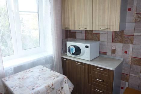 Сдается 2-комнатная квартира посуточно в Севастополе, проспект генерала Острякова, 87.