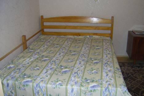 Сдается 1-комнатная квартира посуточно в Балаклаве, Севастополь, улица Новикова, 21.