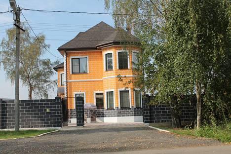 Сдается коттедж посуточно в Лобне, Московская область,улица Катюшки, 33.