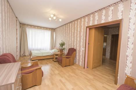 Сдается 2-комнатная квартира посуточно в Перми, улица Пушкина, 80.